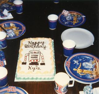 R2_Cake