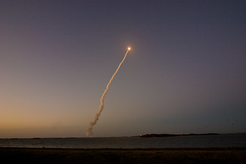 space nasa shuttle launch discovery causeway kf4gta sts119