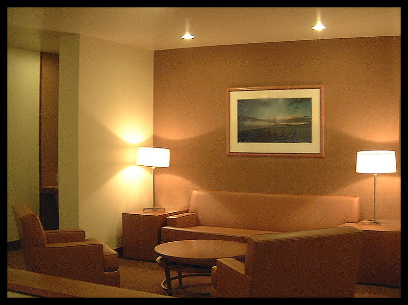 San Francisco Bay Club lounge
