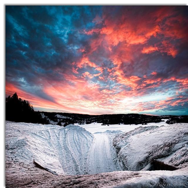 Winter Paradise :: Vertorama