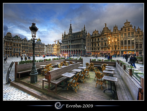 houses brussels photoshop canon rebel europe belgium belgique grandplace terrace tripod belgië bruxelles sigma tips remote 1020mm erlend brussel terras hdr grotemarkt cs3 3xp photomatix medeivel tonemapped tonemapping xti 400d erroba robaye erlendrobaye