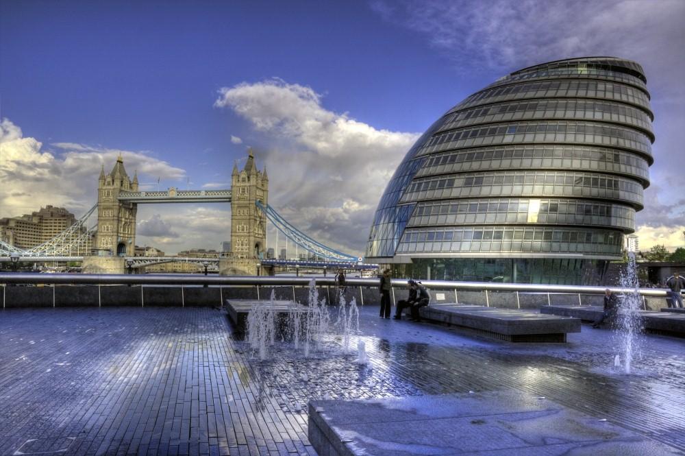 Tower Bridge & London City Hall