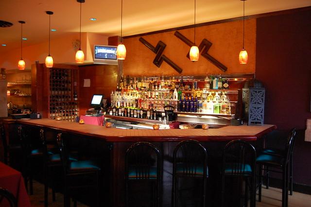 En la barra del bar