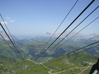 Vista de la zona de Arabba desde funicular (Italia)