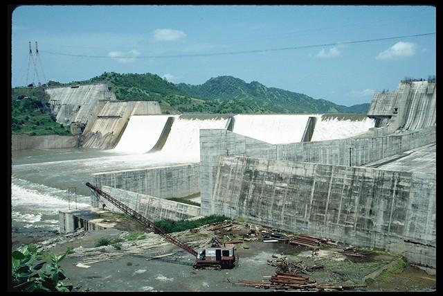 Construction of Sardar Sarovar Dam