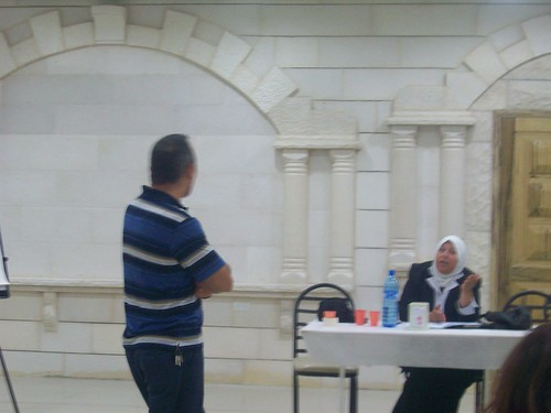 Mohammad speaking with participant | by The Advocacy Project