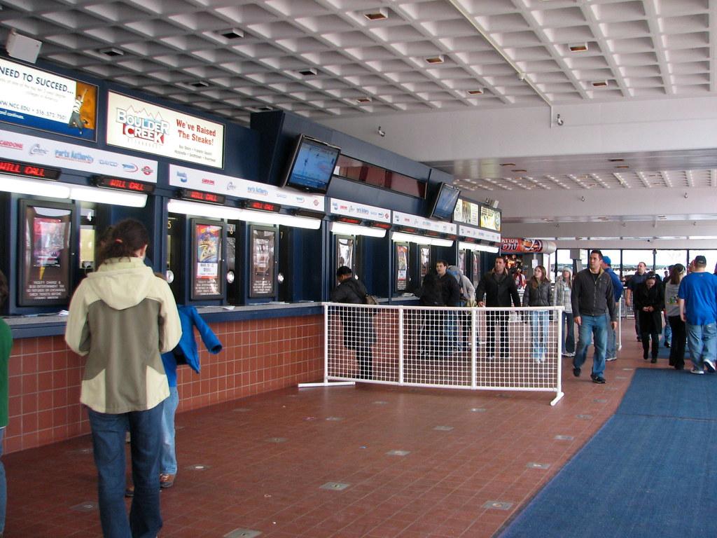 Nassau Coliseum Box Office - Uniondale, NY | glazaro | Flickr