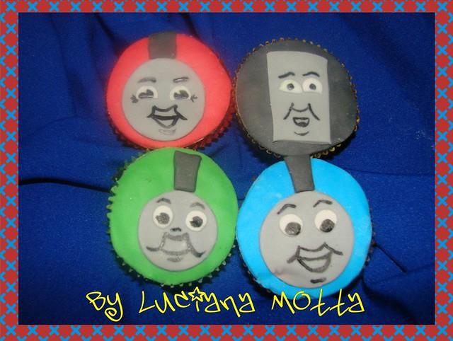 Cupcake Do Thomas E Seus Amigos Thomas And Friends Cupcak Flickr