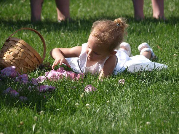 flower girl Ally taking her job seriously