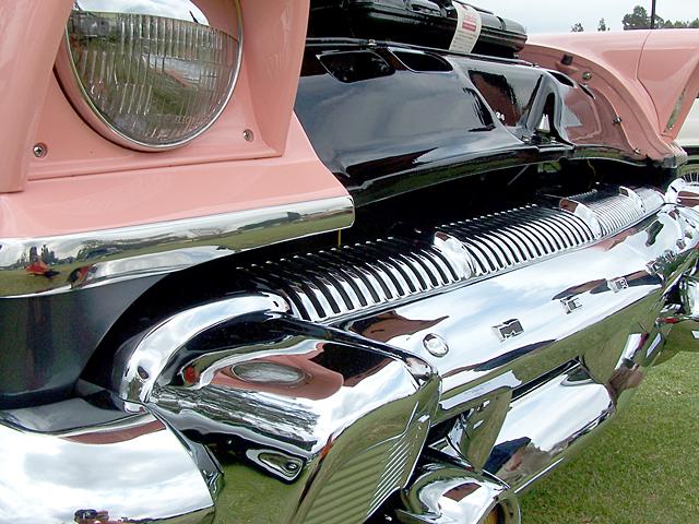 1956 Mercury-detail