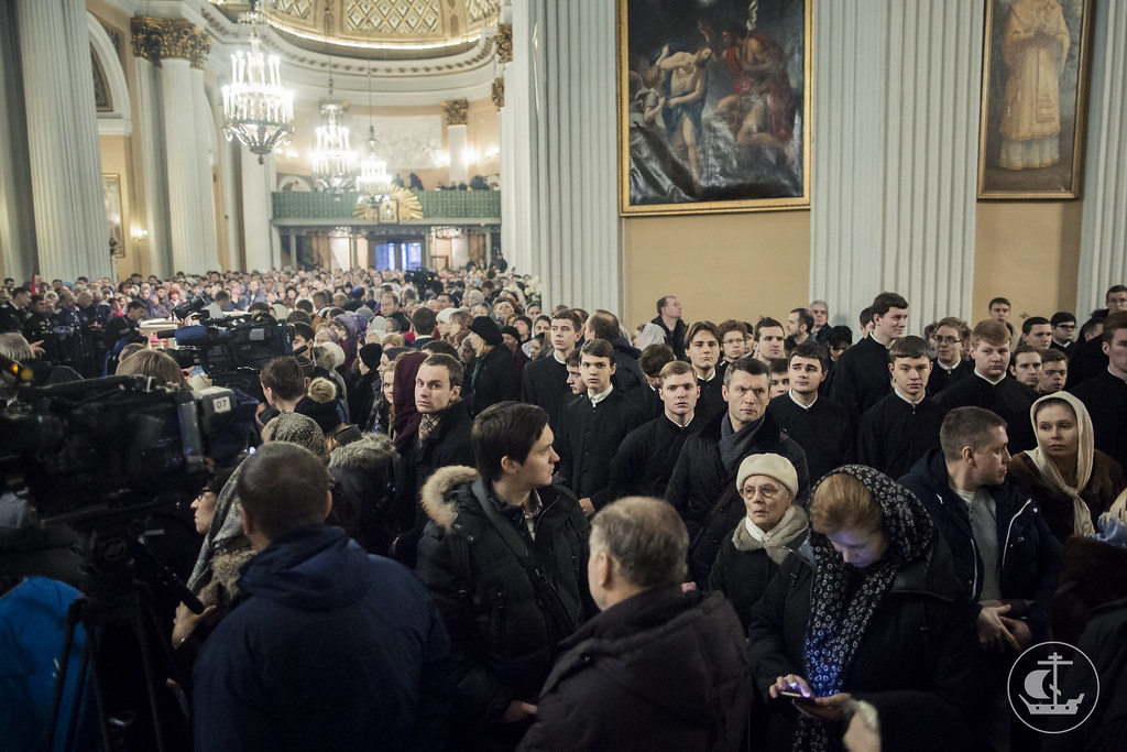 18 декабря 2016, Патриаршее богослужение в Александро-Невской лавре / 18 December 2016, Patriarchal Liturgy in the Alexander Nevsky Lavra