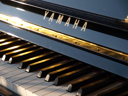 piano sunlight | by mararie