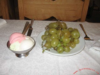 Sousse, ice cream and grapes