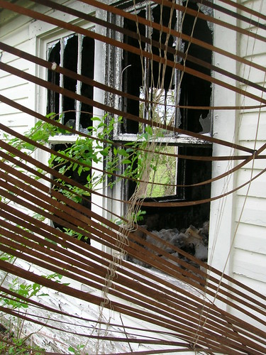 house broken window fire condemned tennessee cleveland debris brokenglass shades burnt blinds burned firedamage smokedamage