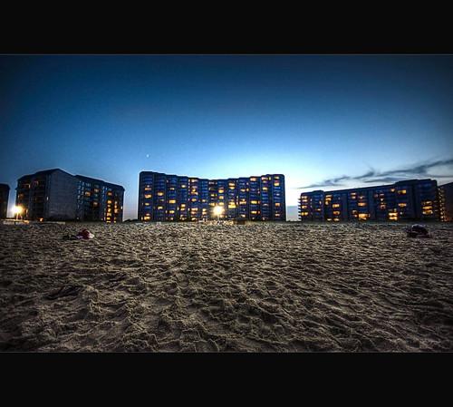 sunset moon canon350d hotels delaware hdr bethanybeach lastlight sigma1020mm beforenightfall