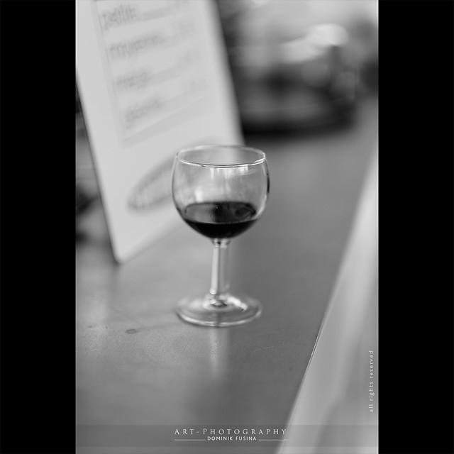 The glass of wine | Fuji x-T1 + 56mm-f/1.2