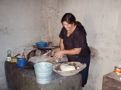 Making tortillas - Haciendo tortillas; Ameca, Zacatecas, Mexico
