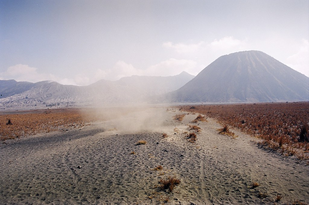 Java - Mt Bromo 2002 (18)