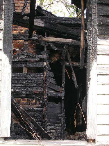 house window fire condemned tennessee cleveland burnt burned charred firedamage smokedamage