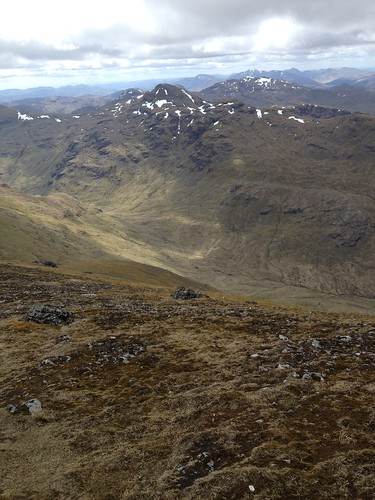 Cruach Ardrain from Ben More | by rthoms27