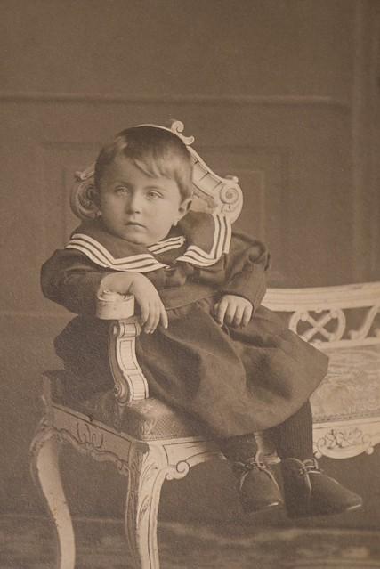 Past Times, Armer Junge um 1910
