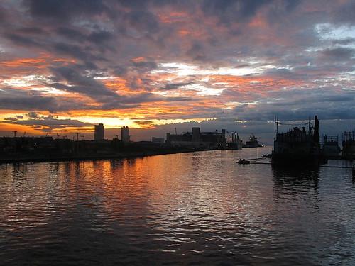 sunset sea port boats harbor boat ship ships philippines rental manila shipping barge asc charter asianship asianshipiing asianshippingcorp