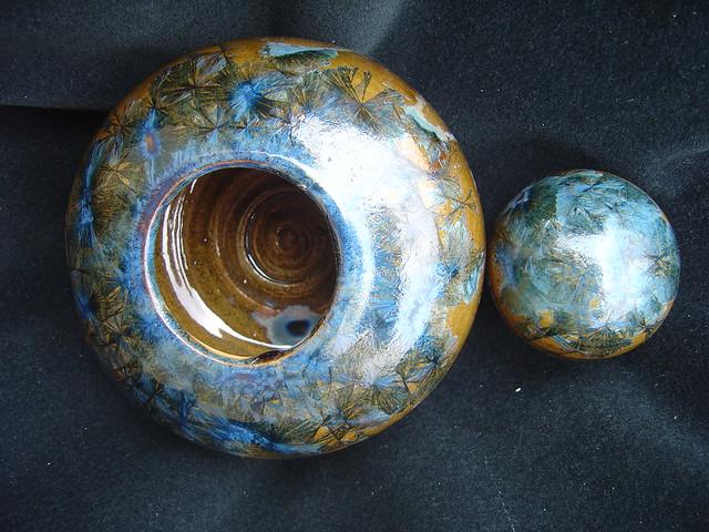 Cerâmica decorativa - Pote com tampa