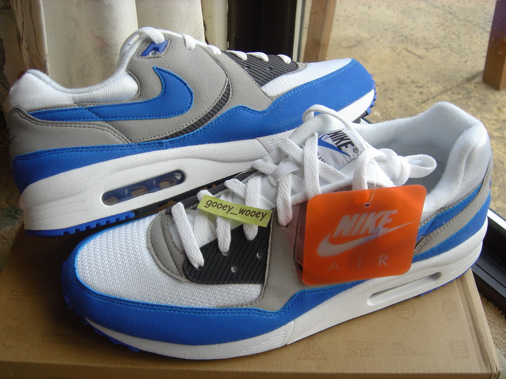 buy online de8a7 35508 ... Nike Air Max Light 'White / Varsity Royal - Dark Charcoal' JD Sports  Exclusive