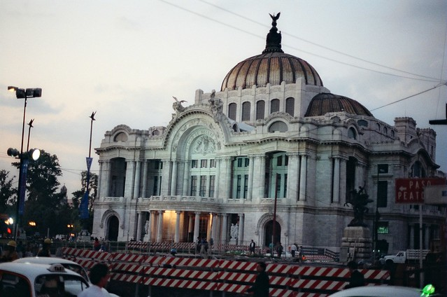 ~3929. //60g/9c/962/2.f /1xp - Palacio de Bellas Artes (1904-34). Arquitectos: Adamo Boari y Federico Mariscal / Museo Nacional de Arquitectura, Mexico D.F. 1993