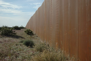 The Wall, US border, separating Mexico from the US, along Highway 2, Sonora Desert, Mexican side | by Wonderlane
