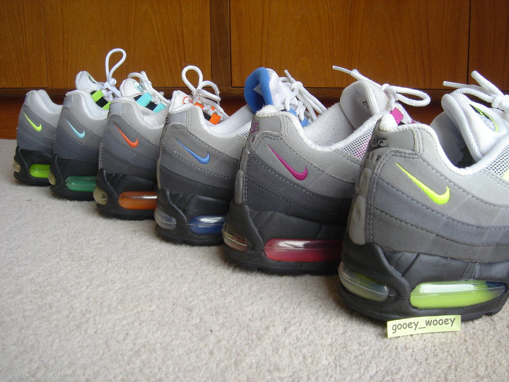 9e35b83c77 Nike Air Max 95 - My Grey Set - Neon ('01 / '03), Blue Cry… | Flickr