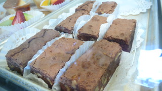 Very Fudgy Brownie with Chunks of Walnuts | by secobarbital