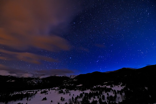 longexposure blue sky mountain mountains nature night stars landscape rockies star evening twilight nikon colorado indigo rocky astrophotography orion co astronomy rockymountains peaks 2009 constellation afterdark rockymountainnationalpark d300 catchycolorsblue thehunter singleexposure clff Astrometrydotnet:status=failed Astrometrydotnet:id=alpha20090536721717