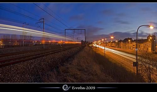 street longexposure sky clouds speed train photoshop canon rebel lights twilight traffic belgium belgique tripod trails belgië sigma tips remote erlend mechelen cs3 xti 400d erroba robaye erlendrobaye