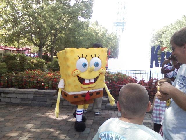 Spongebob Squarepants walkaround