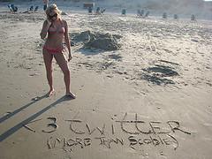 love-twitter | by Lander Janssens (ACC\DePost 1-to-1 CannesReporter)