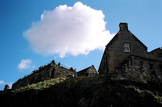 Blue Skies and Edinburgh Castle | by funkaoshi
