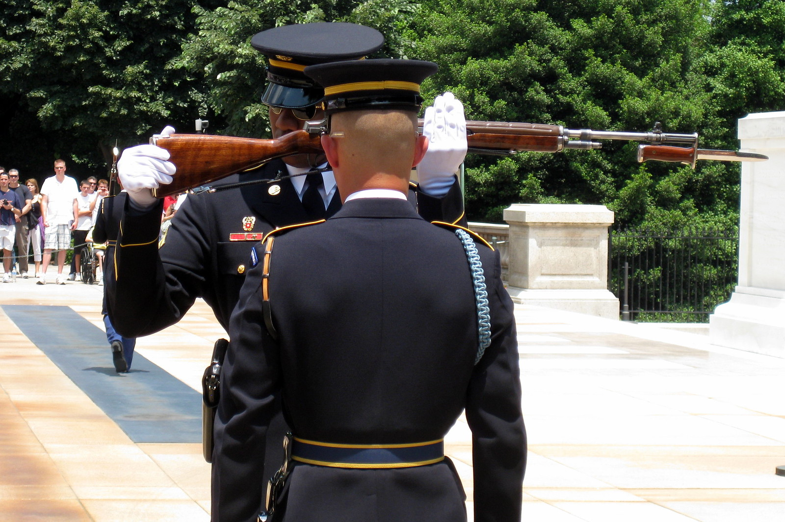 Virginia - Arlington National Cemetery: The Tomb of the Unknowns - Changing of the Guards