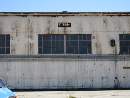 no smoking (former Greyhound yard, Hooper and 7th Streets) | by throgers