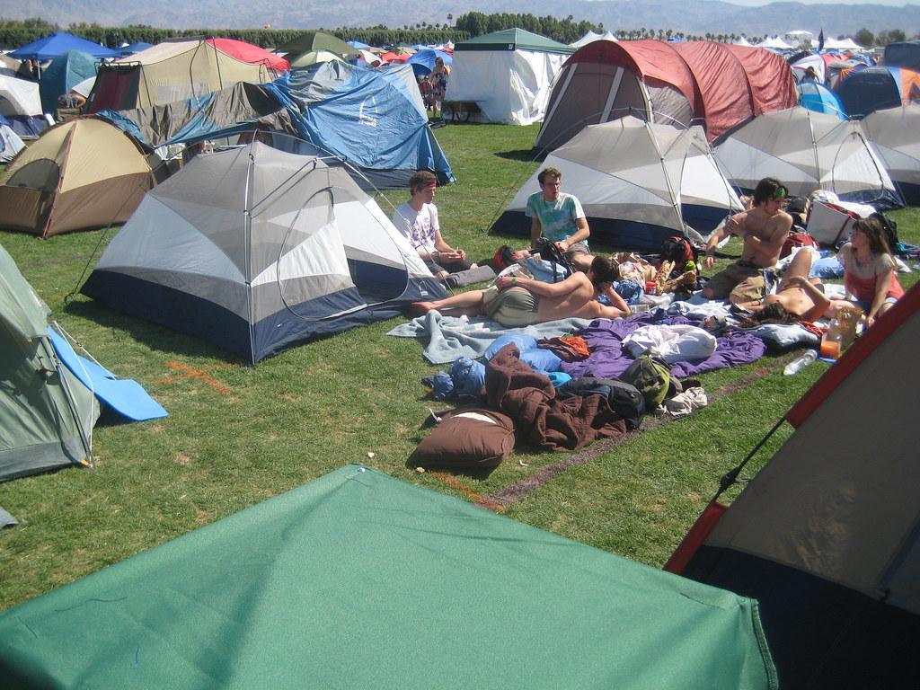 Nude camping Free nudist
