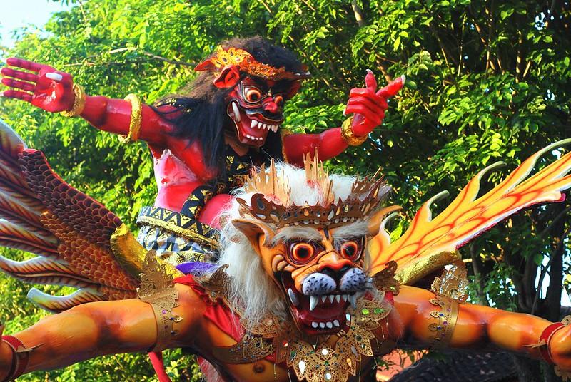 Hogo Hogo le jour de Nyepi
