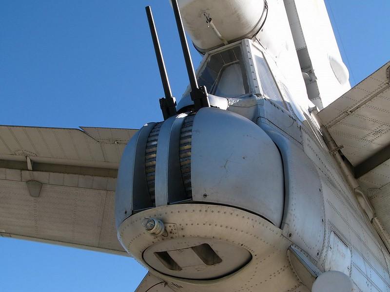 Tupolev Tu-95 katsoo Karhu 7