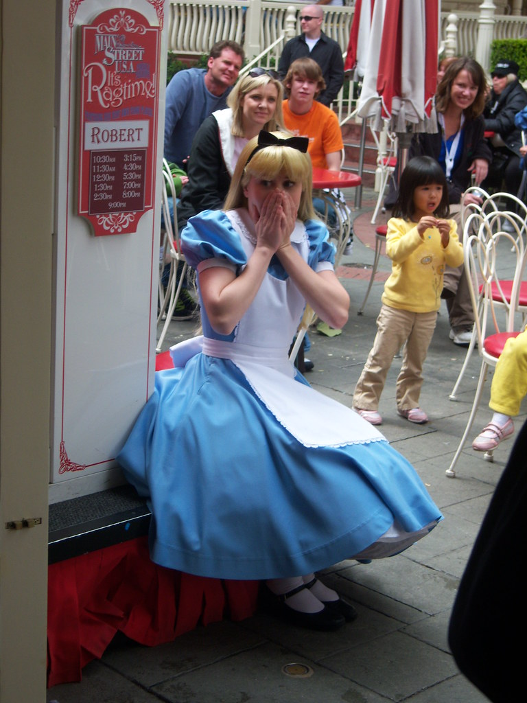 Alice is frightened by a door swinging open by the wind | Flickr