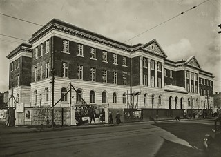 Wellington Public Hospital building nearing completion, Adelaide Road, Newtown, ca 24 Aug 1927