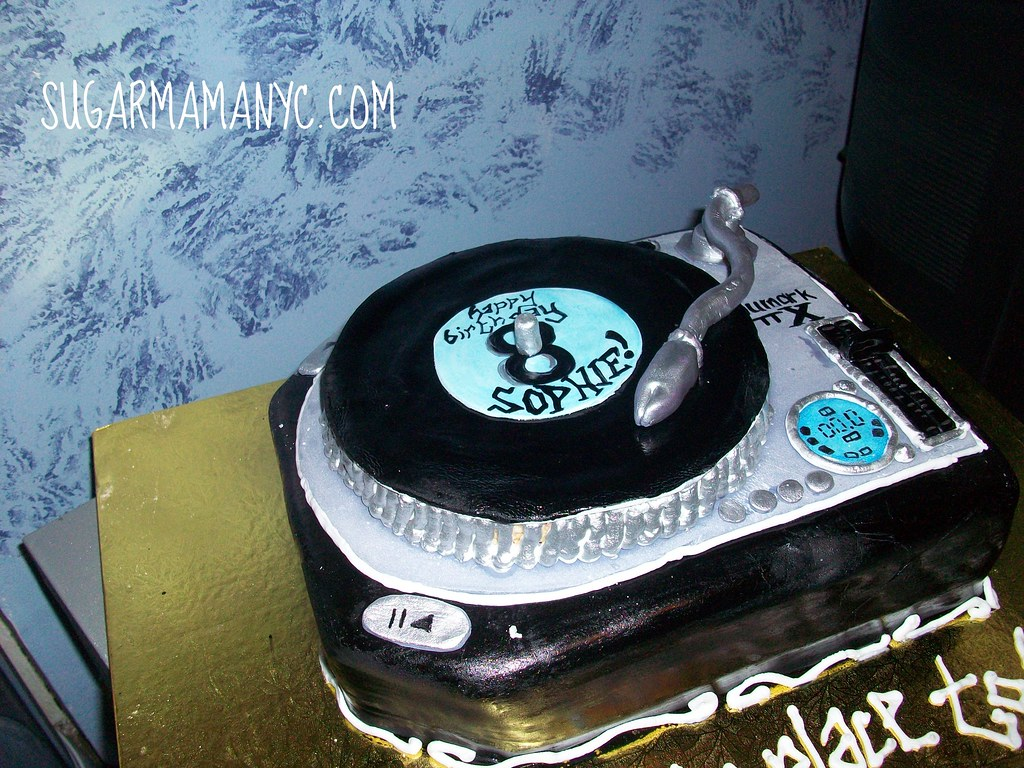 Fine Dj Turntable Cake A Photo On Flickriver Birthday Cards Printable Benkemecafe Filternl