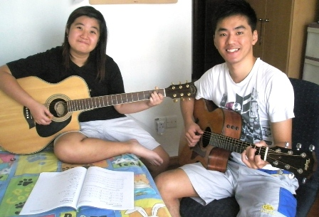 1 to 1 guitar lessons Singapore Melody
