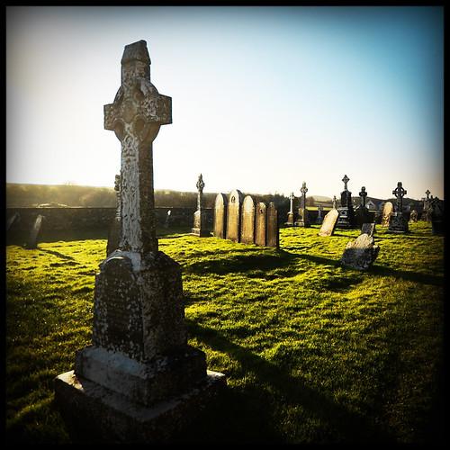 ireland cemetery graveyard canon clonmacnoise tomita irlanda monastero cimitero sigma1020 cluainmhicnóis eos40d marcopreti