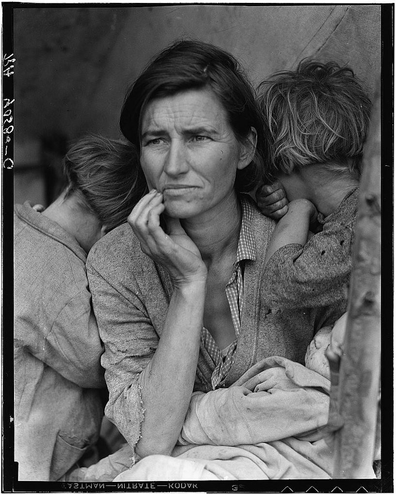 Iconic Images from the Library of Congress: Photos that tell our story - cover
