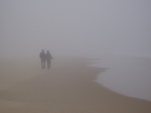 winter 15fav usa beach topv111 fog geotagged interestingness couple pareja amor maryland playa easternshore explore mostinteresting invierno oceancity neblina minimalist flickrsoupforthesoul enamorados fsftsblog topvaa twtmeblogged cotcbestof2006 botopv0407