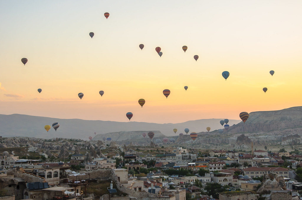 Get a chance to see the panoramic view of Cappadocia! Source: Flickr